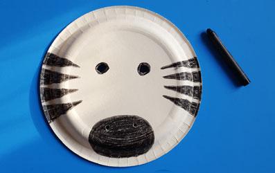 Tiermaske Zebra selber basteln - Bild 5