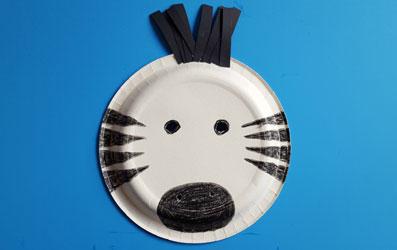 Tiermaske Zebra selber basteln - Bild 7