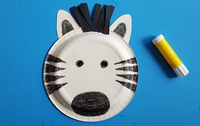 Tiermaske Zebra selber basteln - Bild 9