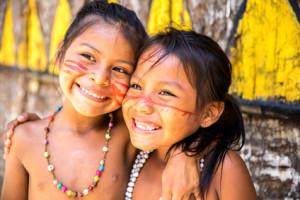 Indianer im Amazonas-Gebiet